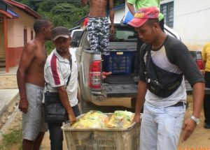 Food aid to flood victims